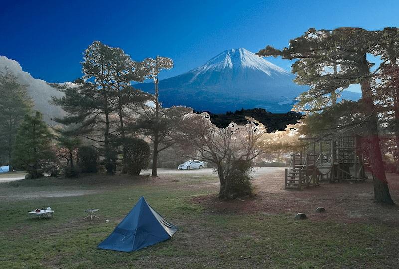 岩倉に富士山